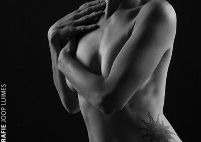 Joop Luimes vrouw met tattoo_1534